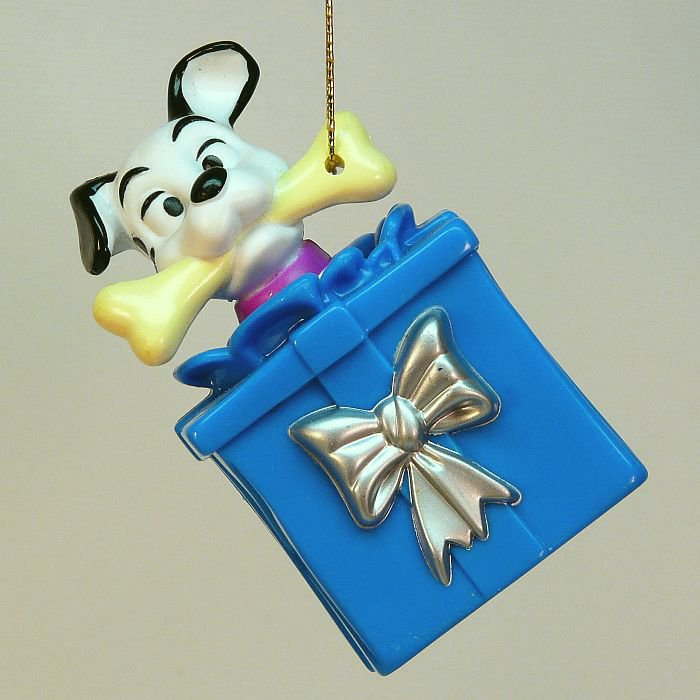 McDonalds Happy Meal Dalmatian Christmas ornament toy blue present 34 Disney dog