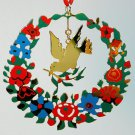 MMA 1985 Dove of Peace ornament painted gold overlay wreath Metropolitan Museum of Art NY Christmas