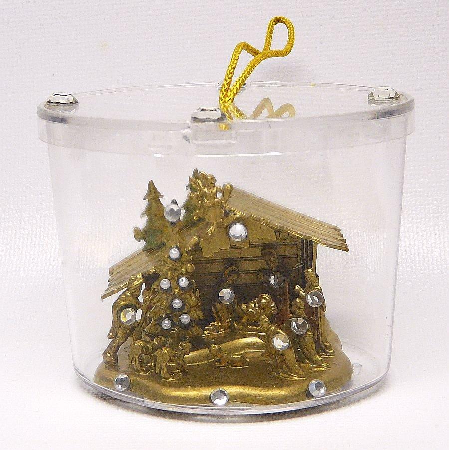 vtg nativity ornament Christmas rhinestones faux pearls
