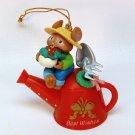 Gardening mouse ornament watering can garden 1995 gardener Lustre Fame Enesco