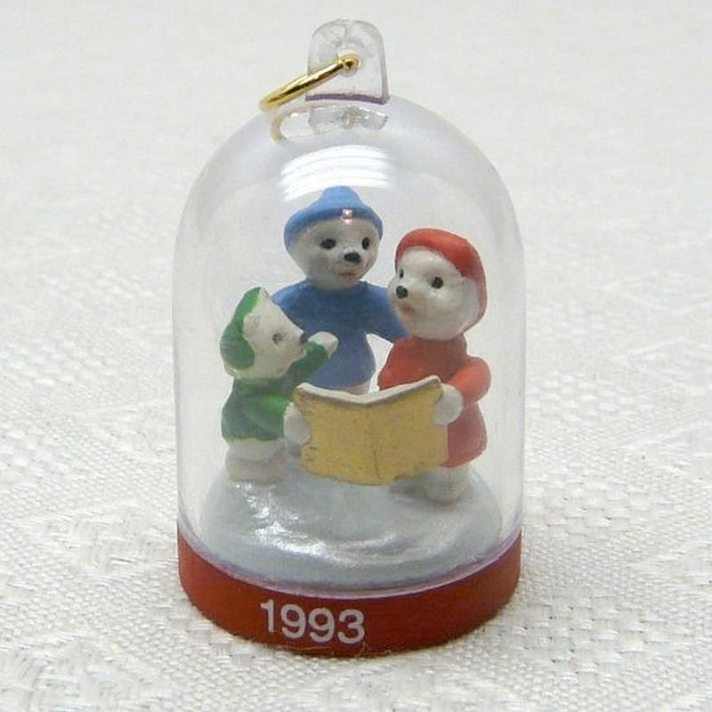 Hallmark Miniature The Bearymores 1993 second in series Christmas ornament