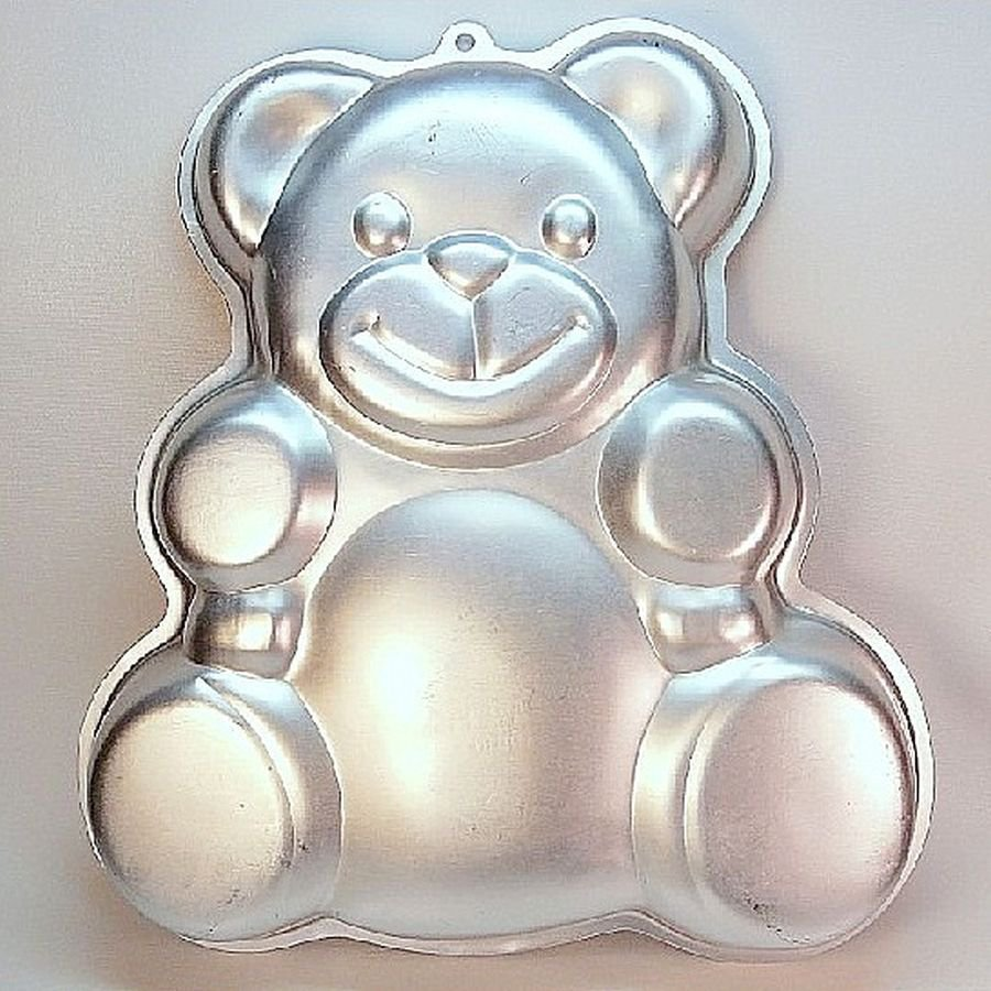 Vintage Wilton Huggable Teddy bear cake pan 502 3754 1982