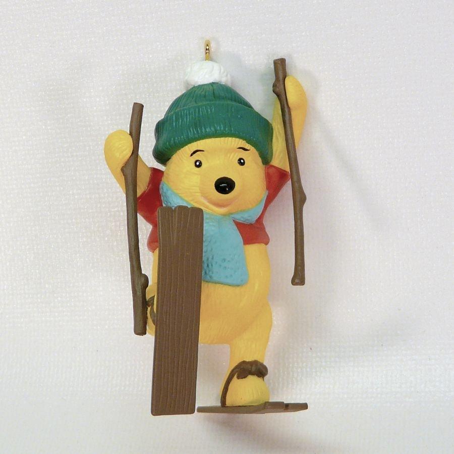 Vintage Hallmark 1993 Winnie the Pooh skiing Christmas ornament QX5715