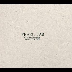 pearl jam - cincinnati ohio august 20 2000 CD 2-discs used mint