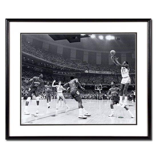 Michael Jordan Autographed University of North Carolina -17 Second Shot- 16x20 Photo - Framed (UDA)