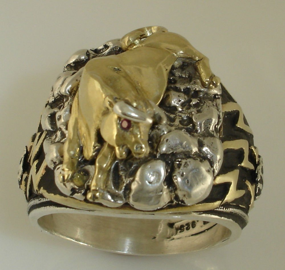 BULL Riders Rodeo Mens ring        Sterling Silver ruby Lge.