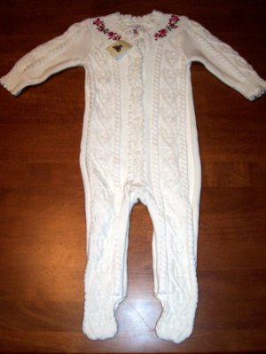 GAP Infant Girls NWT One-piece Sweater Size 0-3 Months