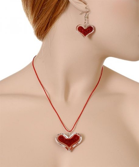 Code#NL-9813: HEART NECKLACE
