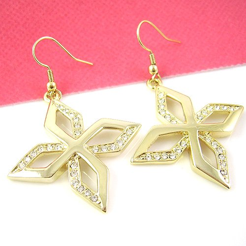 Flower designed Diamond Earring
