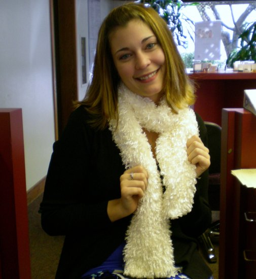 Fun fur scarf - white