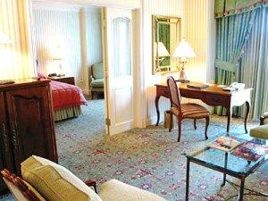 Executive King Kinnaree Suite