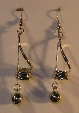 154(Inventory#) Fashion long dangling silver earrings