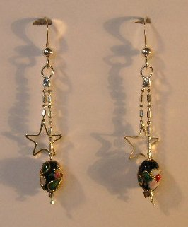 143(Inventory#) Silver star with beads earrings