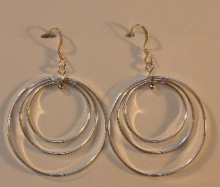 136(Inventory#) Triple hoops earrings 100% silver