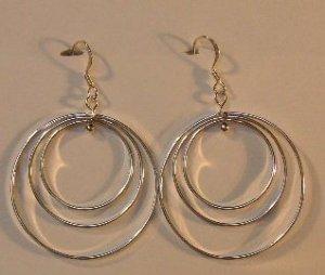 136(Inventory#) Triple hoops earrings 100% silver