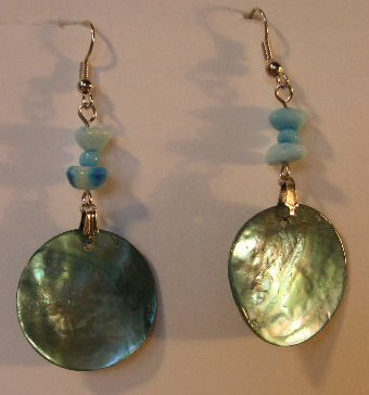 114(Inventory#) Green seashells earrings