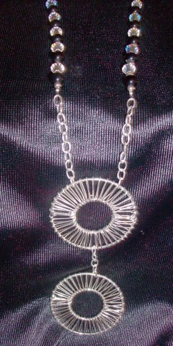 Silver Wire Donut Pendant Necklace