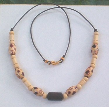BURI WOOD & PLEATHER Unisex 18 Inch Necklace