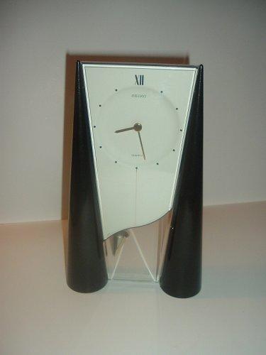 Seiko Plastic and Acrylic Deco Style Quartz Clock