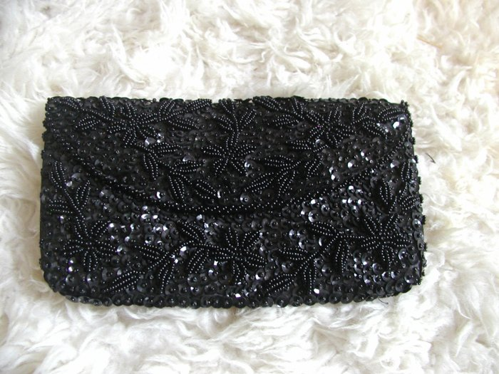 Women's Vintage Hand Beaded Clutch