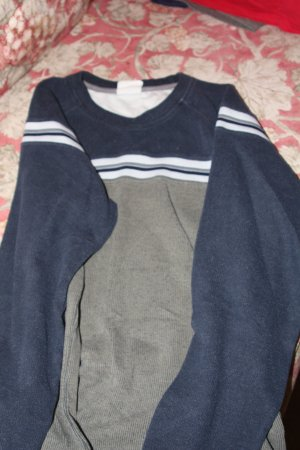 Navy & Olive Green Sweater XL