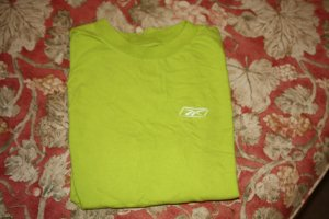 Reebok Short Sleeve Shirt Size L