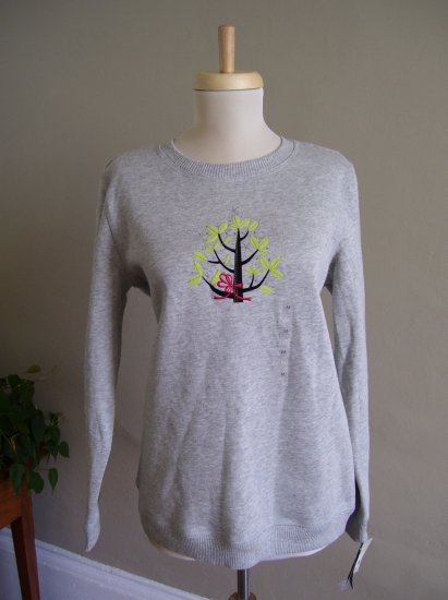 Womens Blouse LIZ CLAIBORNE GRAY SWEATSHIRT WITH CHRISTMAS TREE APPLIQUE!!