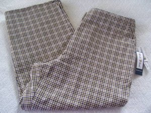 Womens Pants New Duck Head Black White Green Check Capris 10
