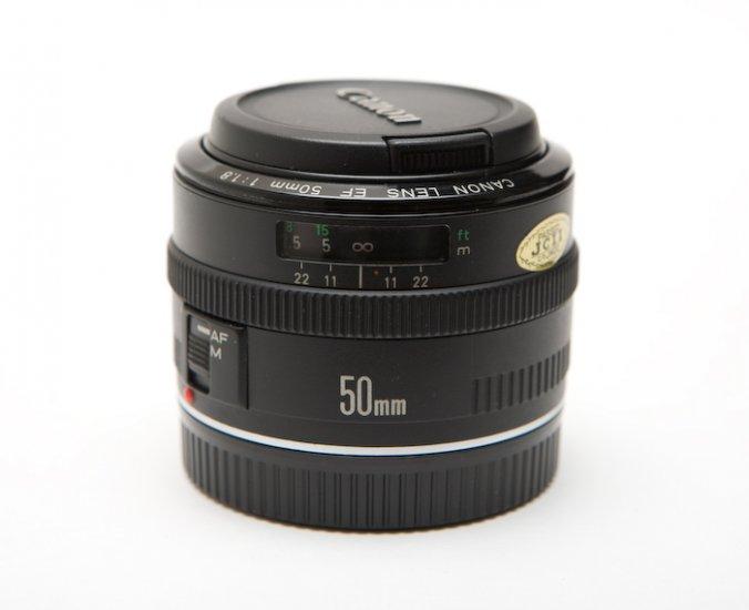 Canon EF 50mm f/1.8 Mark I (Metal Mount)