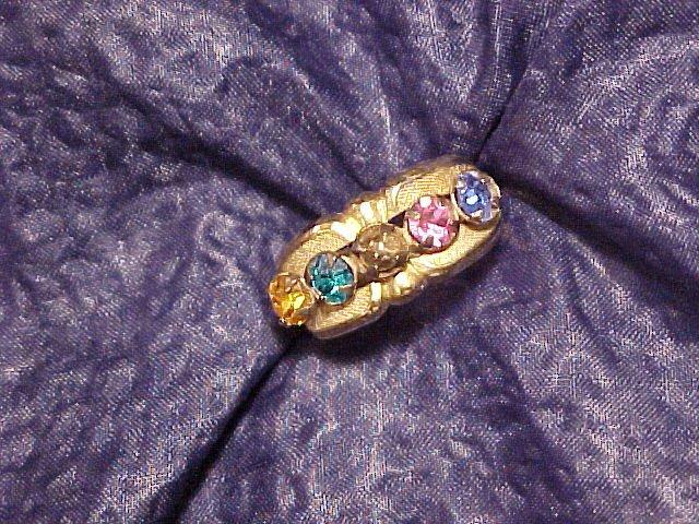 Sparkling Rainbow Rhinestone Vtg Ring ~ 5.5 - 6