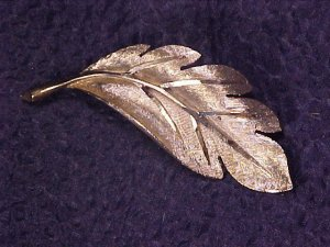 BSK New York Diamond Cut Vintage Costume Pin