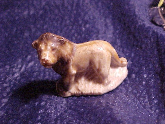 Wade England Rose Tea Figurine Whimsey 2 Tone Lion