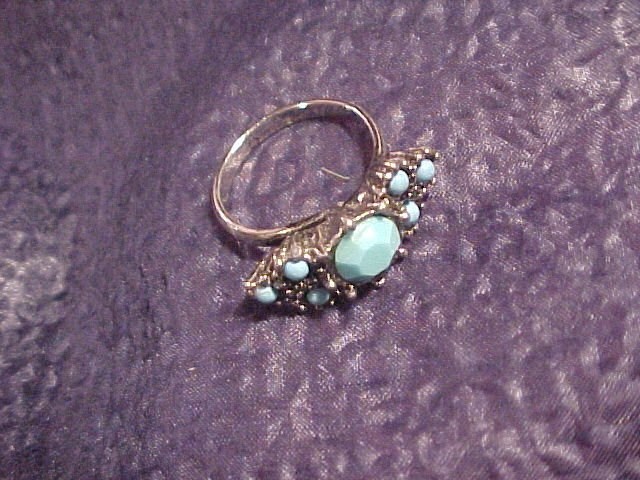 Vtg Costume Ring ~ Faux Turquoise 5.5 - 6 FREE SHIPPING