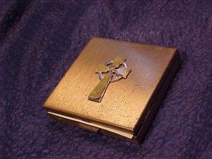 Vtg Ladies Vanity Powder Compact Cross Top
