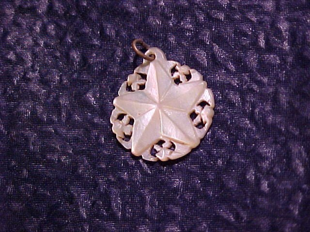 Hand Carved  Mother of Pearl Star Finding