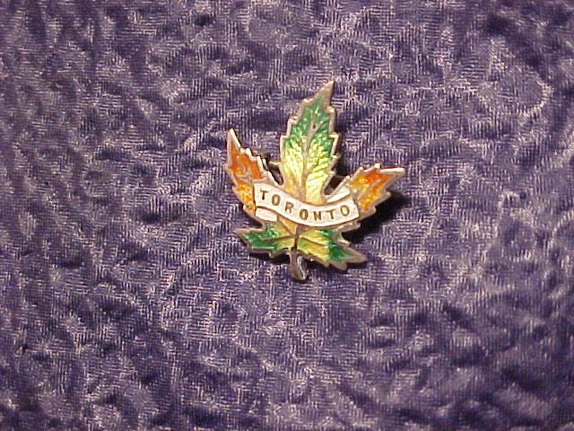 Sterling Silver Guilloche Enamel Maple Leaf Pin