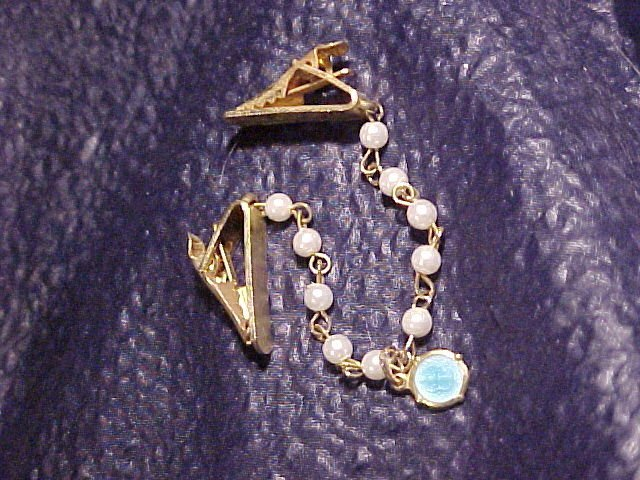 Madonna & Faux Pearl Vtg Sweater Guard Clips