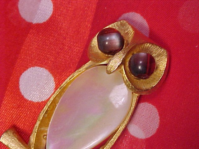 JJ Mystical Mother of Pearl OWL Pin ~ Free Shipping