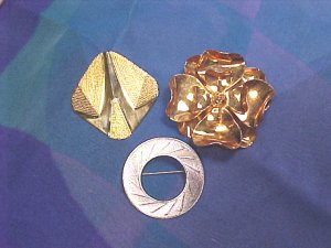 Scarf Skirt Sweater Clip Clips ~ Lot of 3