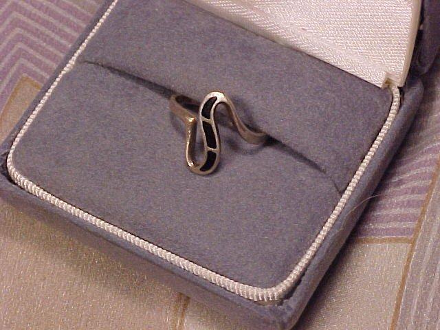 Ladies / Teen Sterling Silver Ring Rings Turquoise & Onyx
