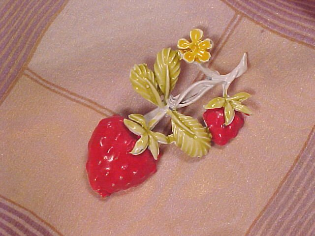 Strawberry Enamel Pin Vintage Costume Jewelry Brooch