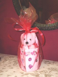 VALENTINE'S TEDDY BEAR IN HEART CANDLE HOLDER