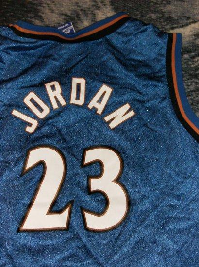 Washington Wizards Michael Jordan Youth Jersey large (14-16)