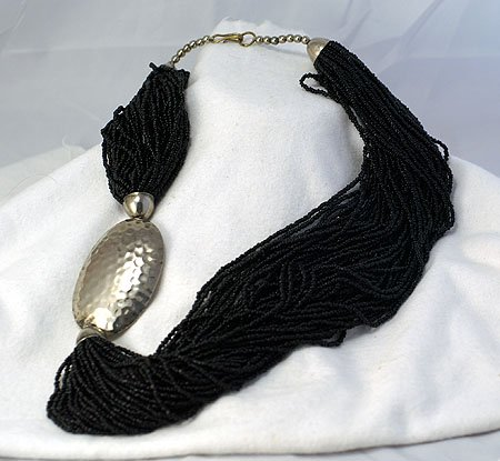 VINTAGE 49 STRAND BLACK GLASS BEAD W/ HAMMERED ALUMINUM NECKLACE