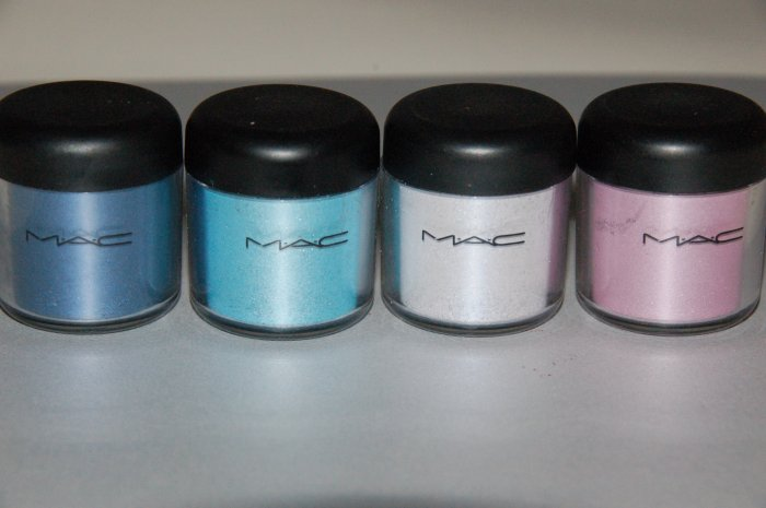 "MAC Pigment Samples ""Naughty Nautical Collection Set"""