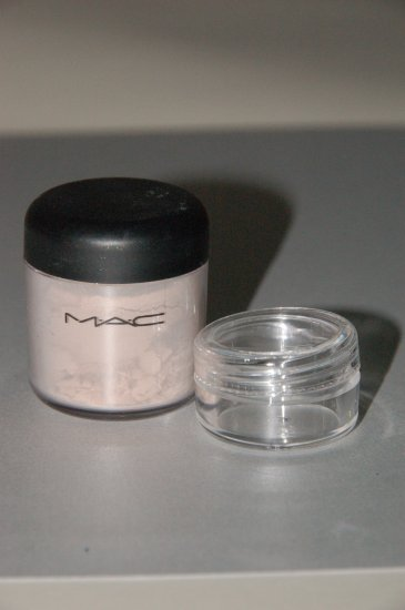 "MAC Pigment Samples  ""Naked"""