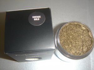 """MAC Ovverich Collection """"Vintage Gold"""" 1/4 tsp. sample LE"""