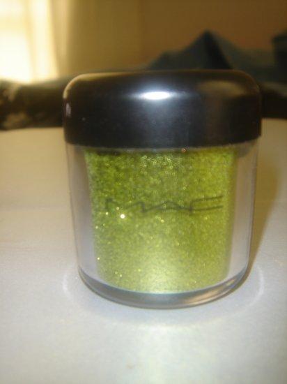 """MAC Glitter Sample """"Chartruese"""" 1/4 tsp. sample"""