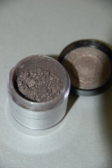 "MAC Pigment Samples ""Sweet Sienna""  Antiquitease Collection!!"