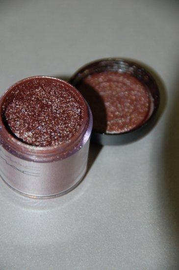 """MAC Pigment Samples """"Copperclast"""" RARE/LE"""